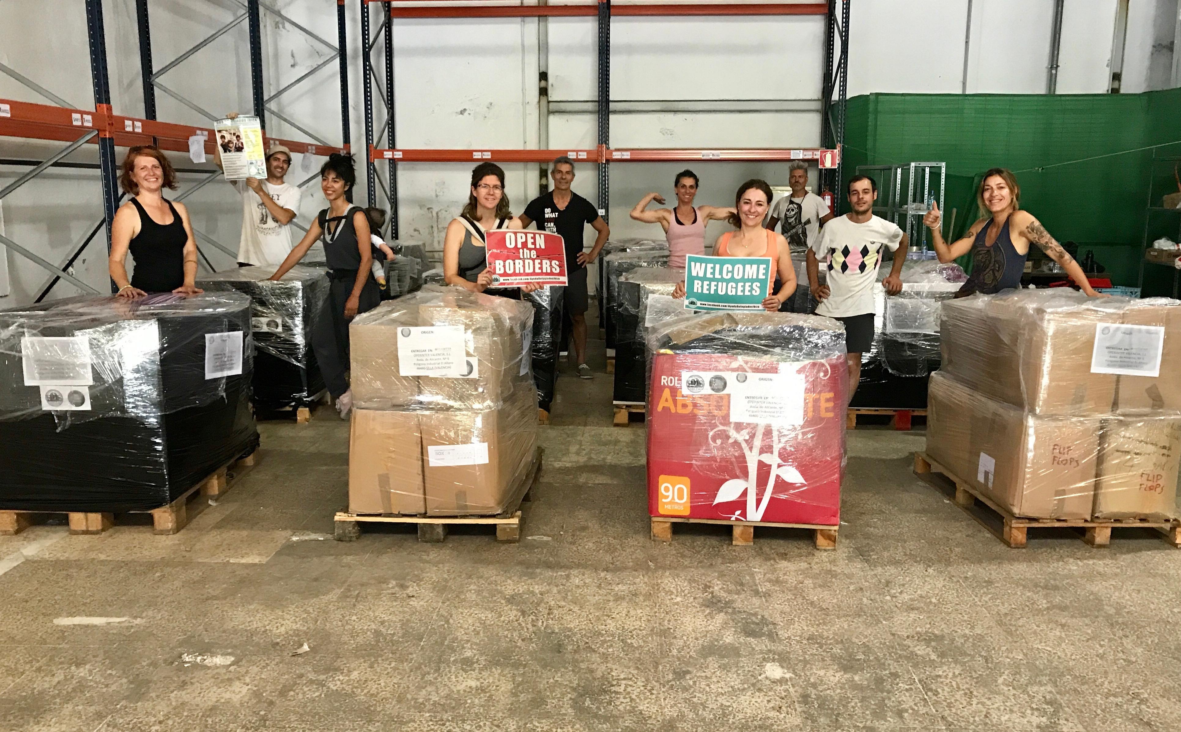SOS REFUGIADOS IBIZA ENVÍA 17 PALETS DE MATERIAL HUMANITARIO (Nota De Prensa)